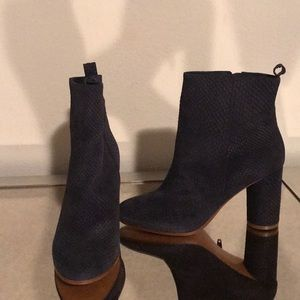 Maje booties brand new navy blue snake embossed